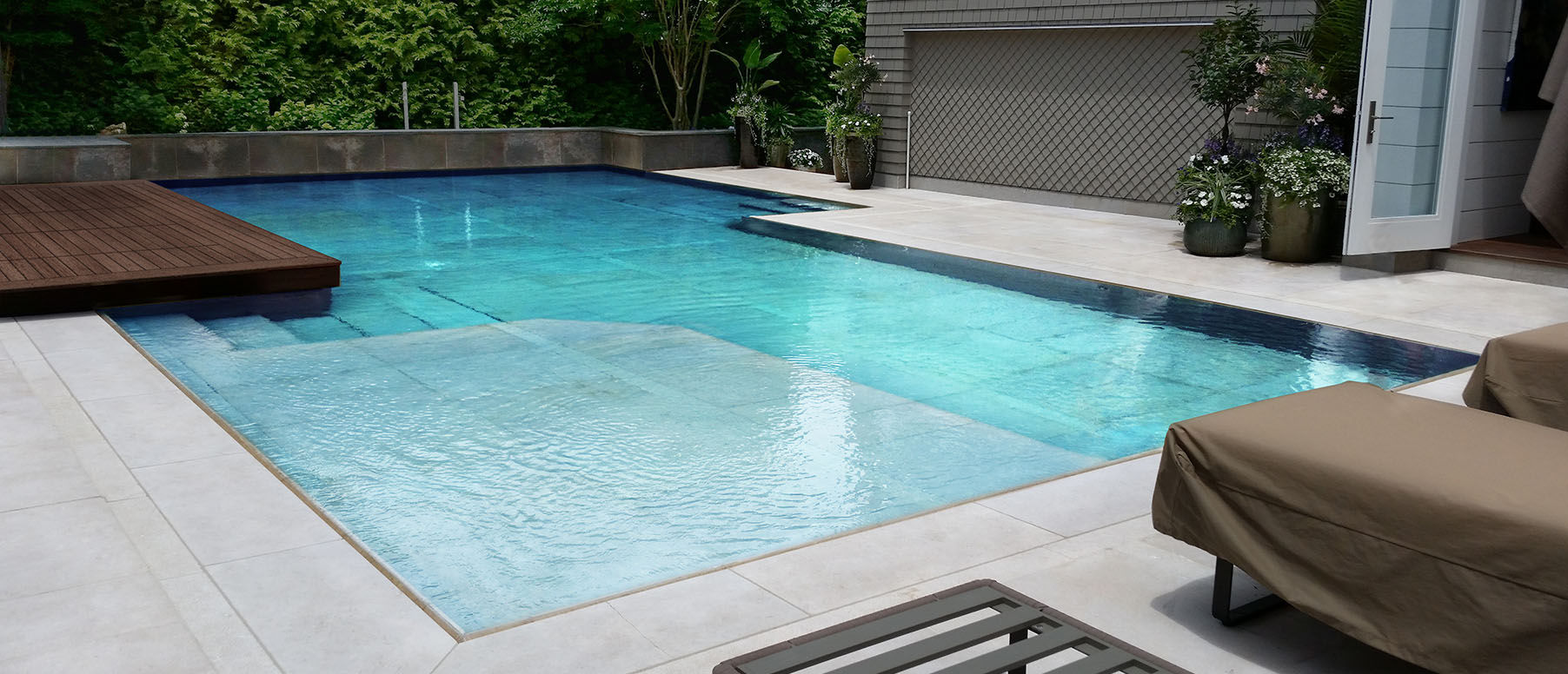 Movable Floors for Swimming Pools | Automatic Pool Covers | Pool ...